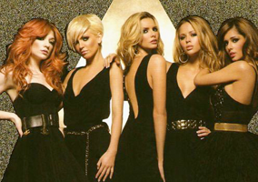 Girls Aloud: Dreams that Glitter Book Cover